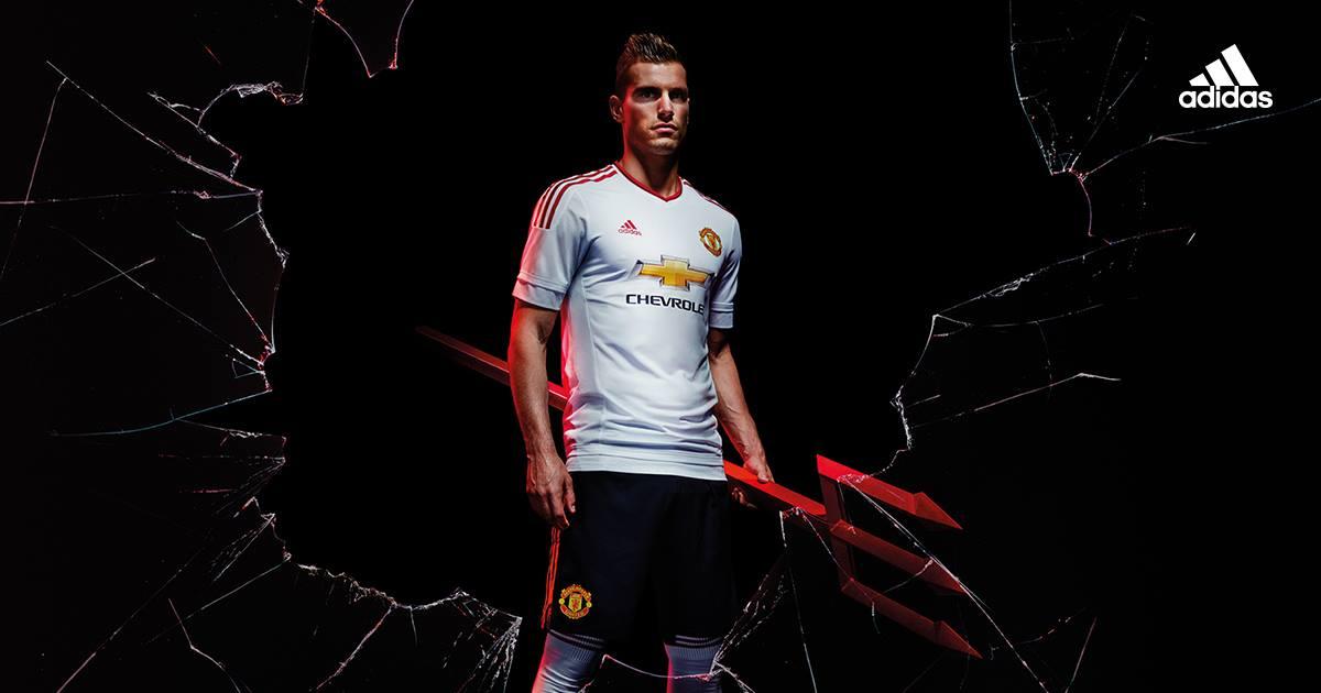 Adidas 2015/16 Manchester United Away Kit